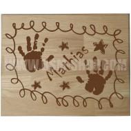 Panneau bois ' Enfant-Mains-Etoiles '